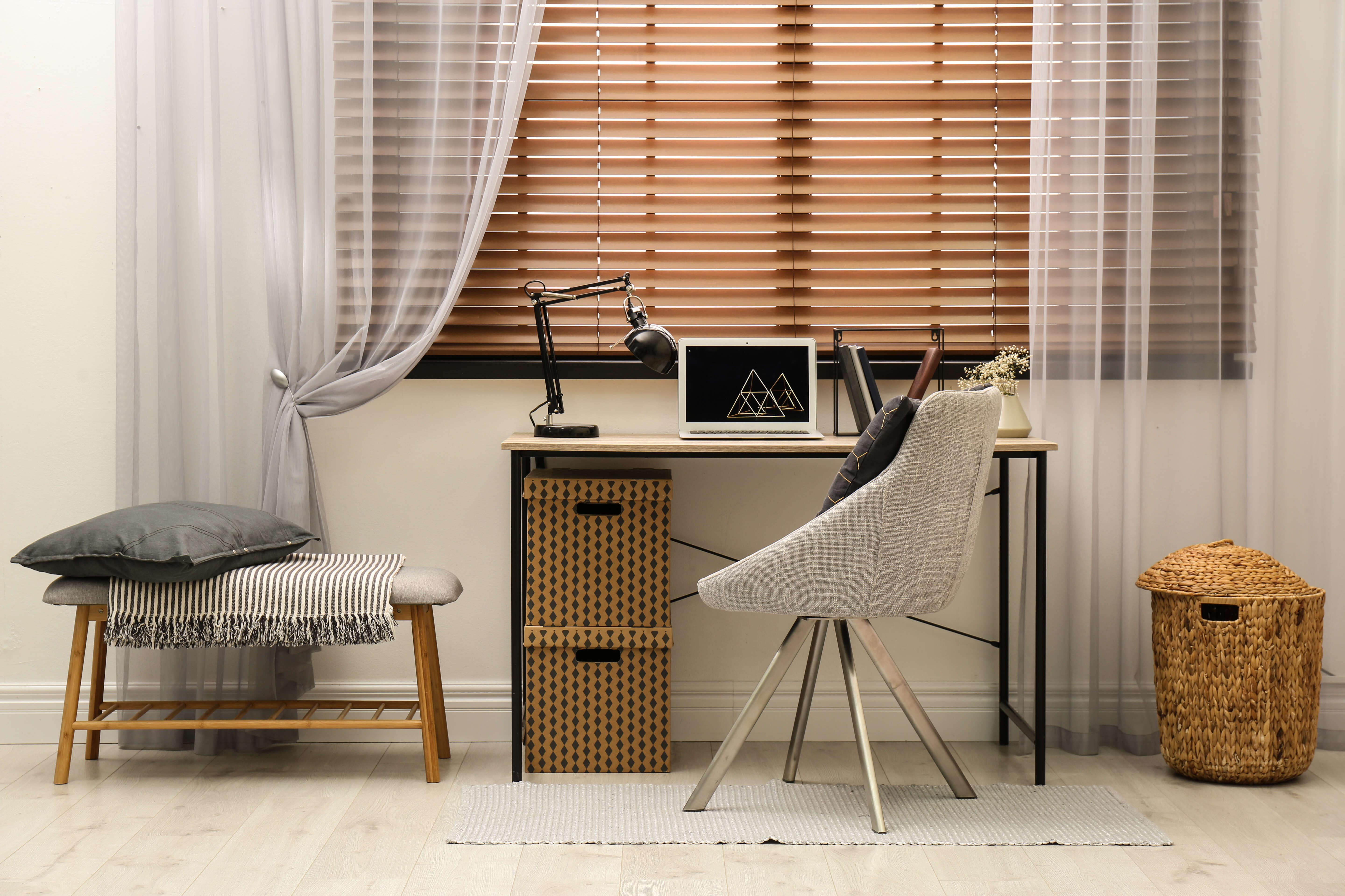 Buy curtains and blinds Singapore for your room